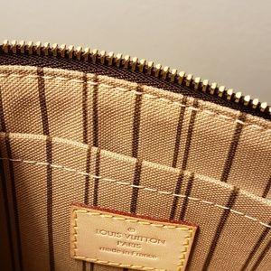 Louis Vuitton wrislet